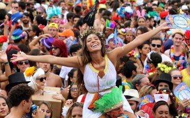 Hit do Verão: Relembre o que fez sucesso nos carnavais passados