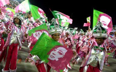 O carnaval que Bolsonaro tenta esconder