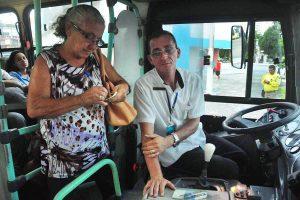 Direitos no transporte público - Idosos possuem direitos especiais