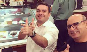 100 dias de Governo Bolsonaro: a ligação dos Bolsonaros com Fabrício Queiroz